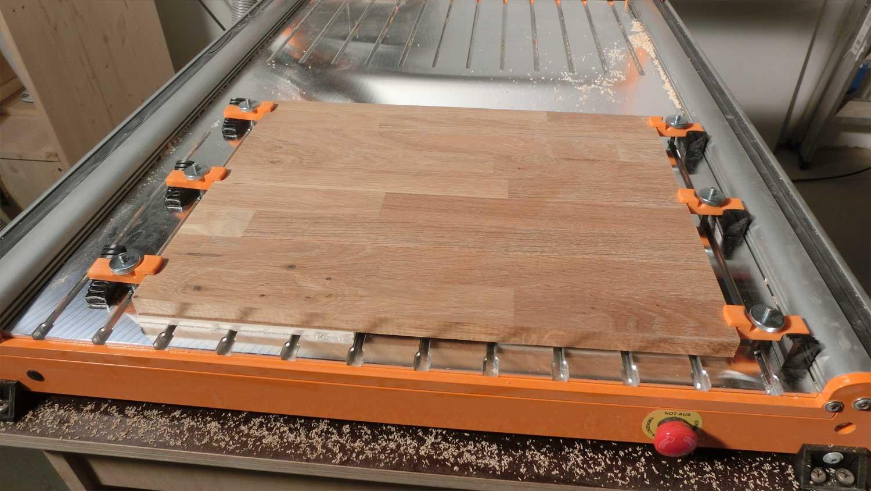 niederhalter f r die stepcraft 2 mit nuttisch 3d pro eu. Black Bedroom Furniture Sets. Home Design Ideas